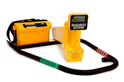 3M 2273-U3P3 3M 2273-U3P3 Dynatel™ 2273 Series Pipe/Cable/Fault Locator; For Gas Industry, Power Industry, 4 Frequency, B-500 Vinyl Cloth, Green On White Background