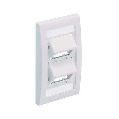 Panduit CFPSE4EIY Panduit CFPSE4EIY Mini-Com® 1-Gang Sloped Faceplate; (4) UTP, STP, Fiber-Optic, A/V Port, Plastic, Electric Ivory